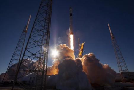 SpaceX成功发射首颗第三代 GPS 卫星,完成年度收官之作