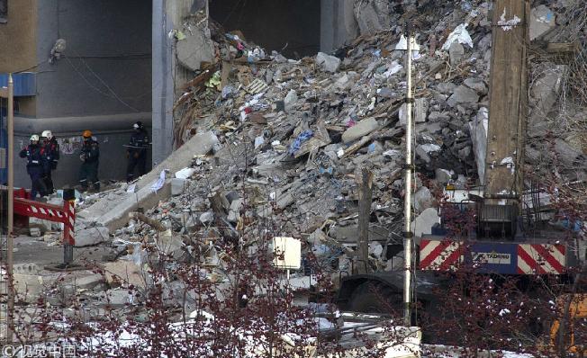 33人死亡! 俄罗斯一居民楼因天然气爆炸坍塌