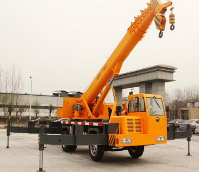 16吨吊车价格,8吨、25吨吊车多少钱一台