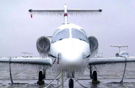 一种新的应力局部化物理概念和相应的防冰材料