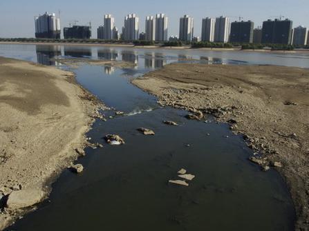 湖南提出全面整治城市黑臭水体 黑臭水体治理攻坚战实施方案出炉