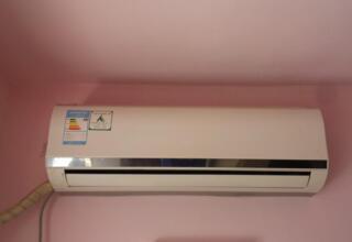 空调不出水是什么原因?空调外机制热不出水正常吗?