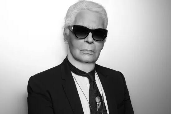 香奈儿创意总监85岁老佛爷Karl Lagerfeld逝世