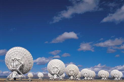 荷兰低频阵列射电望远镜发现数十万个过去没有被观测到的星系