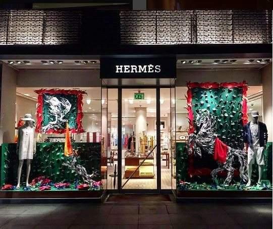 爱马仕(Hermès)正式进军美妆,明年将推出首个彩妆系列
