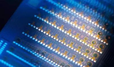 南京理工大学提出一种新方法,更小更强的光子芯片取得理论突破
