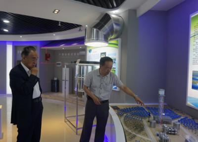 青海光伏技术创新中心首块三角焊带拼片组件问世