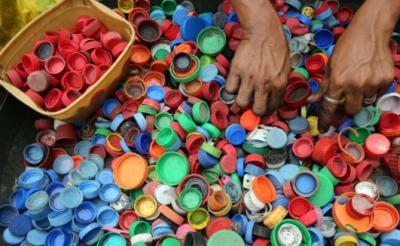 无需申请自动送彩金68大牌热衷添加再生塑料 行业发展的春天来了吗