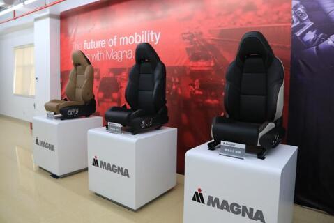 领克03搭载麦格纳最顶级座椅 揭秘驾乘感受背后的秘密