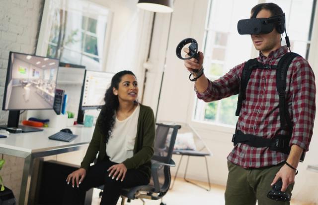 惠普发布首款第一款VR头显 内置六自由度传感器