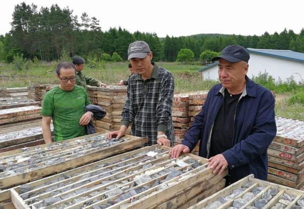 双鸭山石墨矿石储量6亿吨,潜在价值1000亿元以上