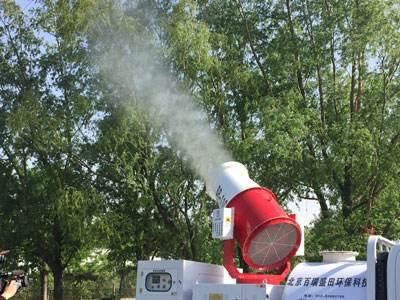 北京治理飞絮用上高压喷雾车 编制首张杨柳雌株密度分布图