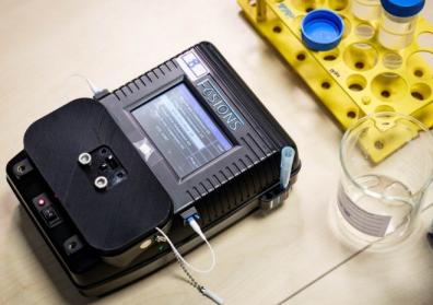 南洋理工大学研制便携式水测试设备 可快速研制水中重金属含量