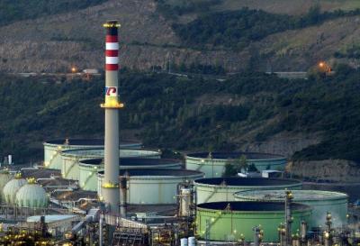 SULZER助力西班牙炼油厂延长精馏塔寿命