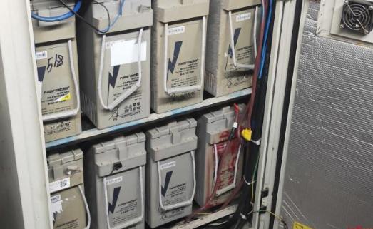 通信基站蓄电池被盗 内嵌的GPS锁定抓获盗窃者