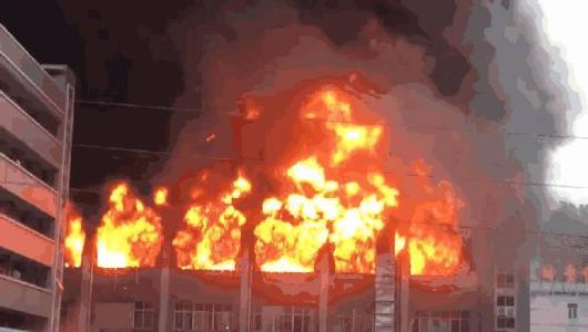 赣州对纸箱厂火灾隐患进行挂牌督办 逾期不改面临关停