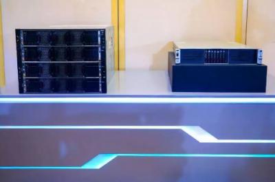 新华三发布自研8路关键业务服务器H3C UniServer R8900 G3