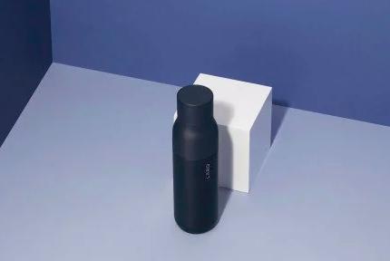世界首个可自我清洁的杯子:UV-C LED技术加持 60秒完成净化