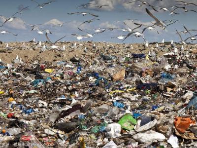 垃圾填埋场设计要求、选址原则、容量计算、安全措施与危害范围
