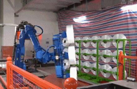 纺织大佬百宏集团总投资25亿元上马10条智能生产线 节省人工80%