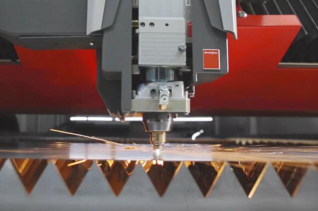瑞士百超推出12千瓦光纤激光切割设备ByStar Fiber 实现巨大技术飞跃