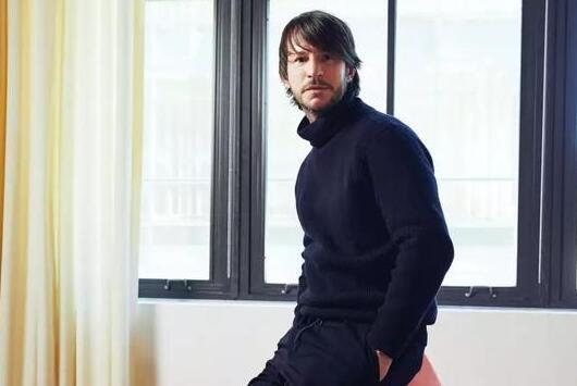 Davide De Giglio首次接受采访:Off-White背后神秘巨头如何建立4.2亿欧元街头