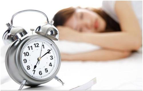 130年的睡眠中心假说被证实,确定了促进非快速眼动(NREM)睡眠的pIII神经元