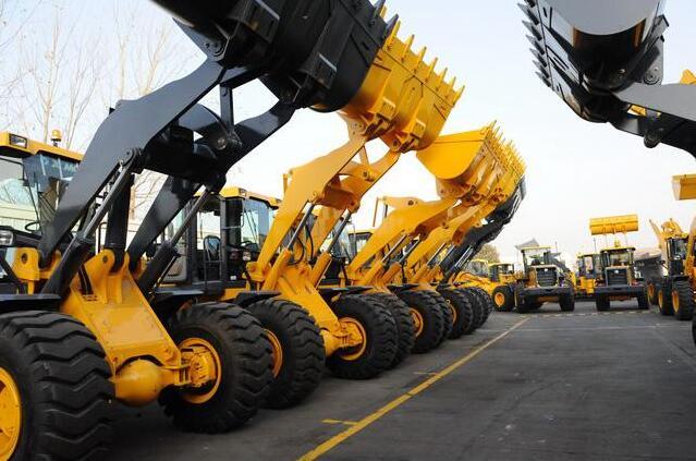 2018年中国铲土运输机械行业发展报告之2018年中国工程机械行业运行状况分析