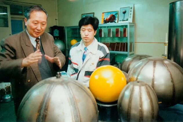 """哈尔滨工业大学""""球王""""王仲仁教授与世长辞 享年85岁"""