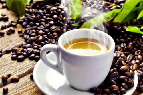 全球咖啡需求旺盛而咖啡豆价格却一路暴跌 这是为何?
