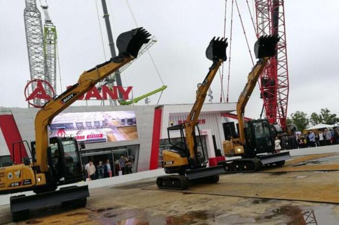 三一集团携省油王SY315C挖掘机等68台智能化设备亮相长沙展