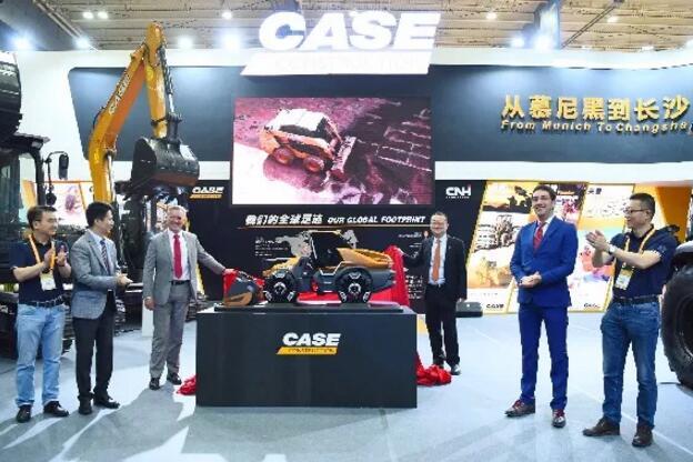 凯斯CICEE 2019发布甲烷动力概念轮式装载机ProjectTETRA