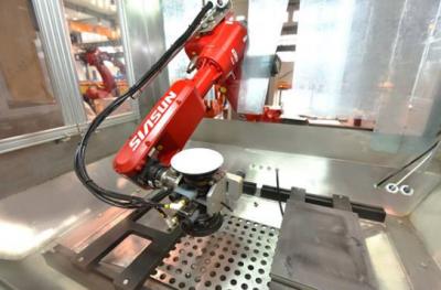新松机器人发布自主研发的新一代机器人智能控制系统SRC C5