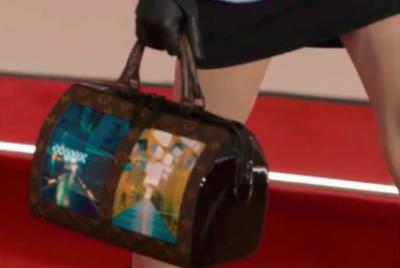 全球首款柔性屏手袋来了 LV联合柔宇科技展示未来帆布