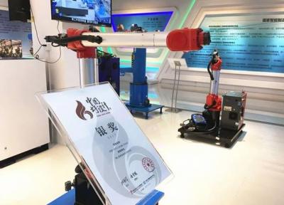 华数研发出国内首创双旋结构的BR6系列双旋机器人