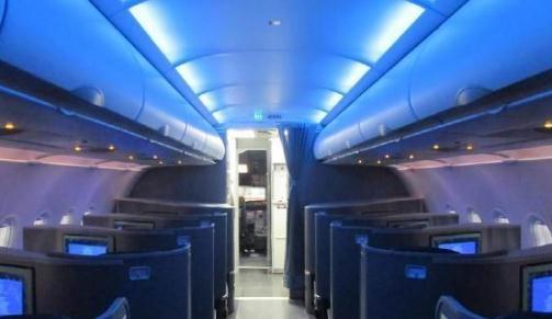 飞机客舱4041系列顶灯功能原理与故障维修