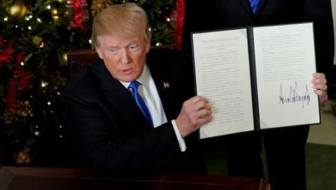 爆炸性新闻!特朗普取消201条款中进口双面光伏组件25%的关税!