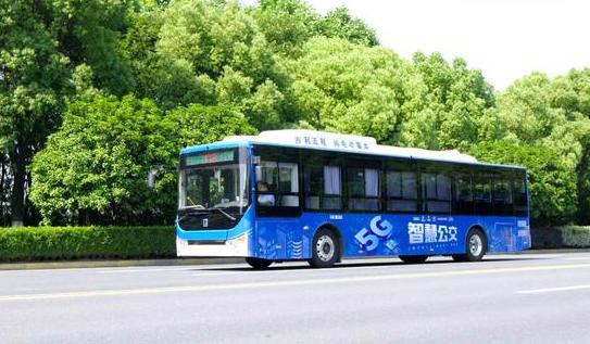 吉利5G智慧公交杭州首发