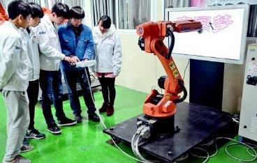 探索信息化技术在中职机械专业教学中的应用意义