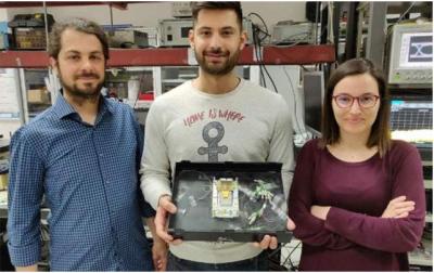 亚里斯多德塞萨洛尼基大学创造世界最快的全光RAM电池