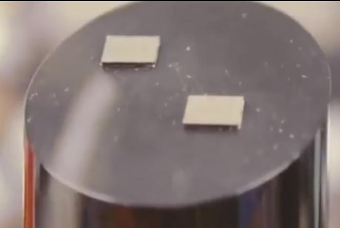 最新光子芯片在美国诞生,光子加速器提高速度