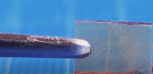 日本发明神奇玻璃 挤压十秒就能自我修复!