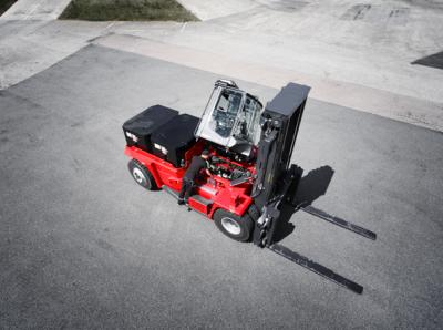 卡尔玛为AET公司提供6台不同规格叉车 提高码头作业生态效益