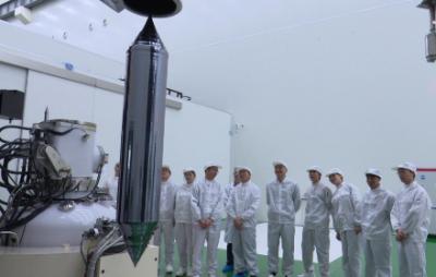 立昂微电子成功拉制出浙江省首根量产型集成电路用12英寸硅单晶棒