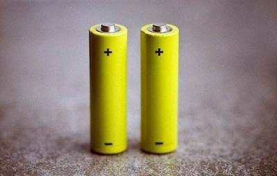 研究人员正在研发集NCA和NCM优势于一体的新型电池