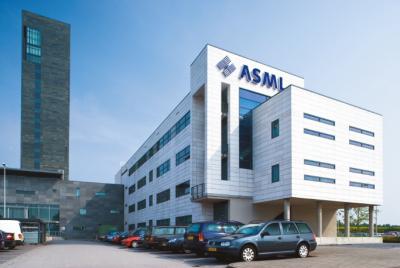 ASML第二季度营收25.68亿欧元,共卖出48台光刻机