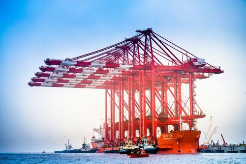 """振华重工与天津大学签署战略合作协议 5G智慧港口引领""""码头革命"""""""
