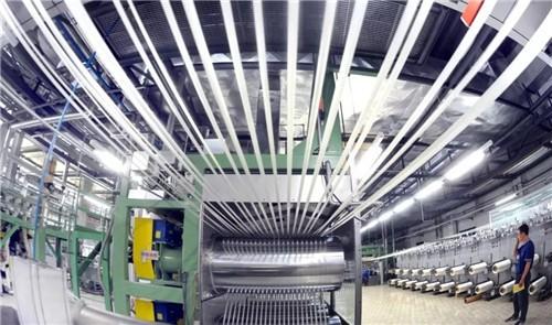 光威复材投资20亿在包头建万吨碳纤维产业化项目