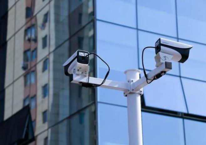 智能安防技术:智慧城市的多个领域把控