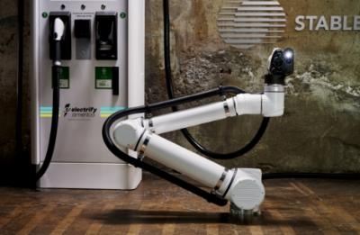 Electrify America将试点为自动驾驶汽车部署机器人充电站